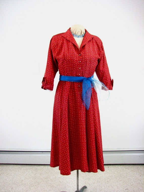 1940/50s Rayon Taffeta Red Dress with Novelty Star
