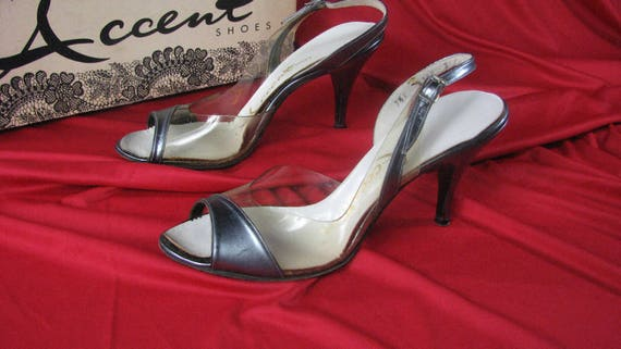 3df47c9f86029 1950s Metallic Silver Leather and Clear Plastic ACCENT Slingback Sandals  with Original Box.......size 7 1/2 N