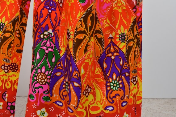 1960/70s Palazzo Psychedelic Pants with Tie Belt.… - image 7