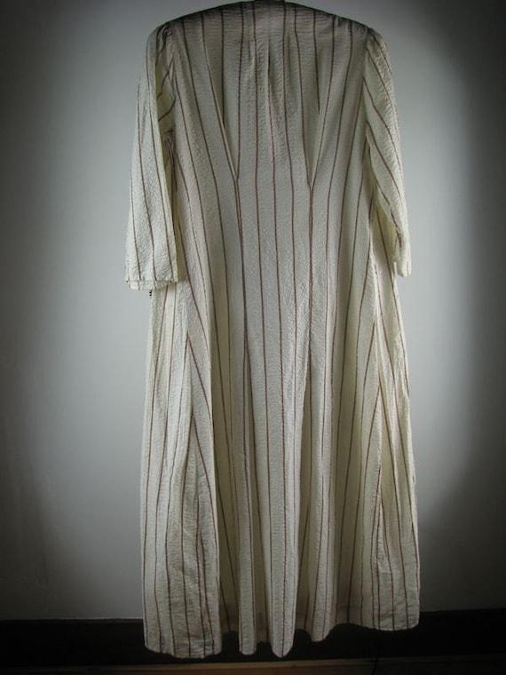 Edwardian Seersucker Day Dress/Robe   size Medium - image 5