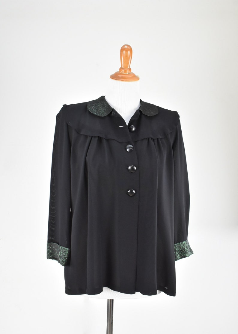 size Medium Mint Condition ... Loose Fit  Maternity.... 1950s Black Silk  Knit Jacket with Metallic Green Collar /& Cuffs........
