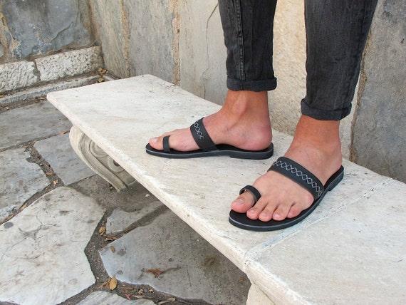 black toe ring sandals