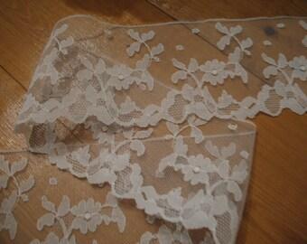 Vintage white lace. Fine lace, border, trim, embroidery.