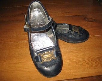 Child girl Savage.Chaussure vintage leather shoe. Golf Club