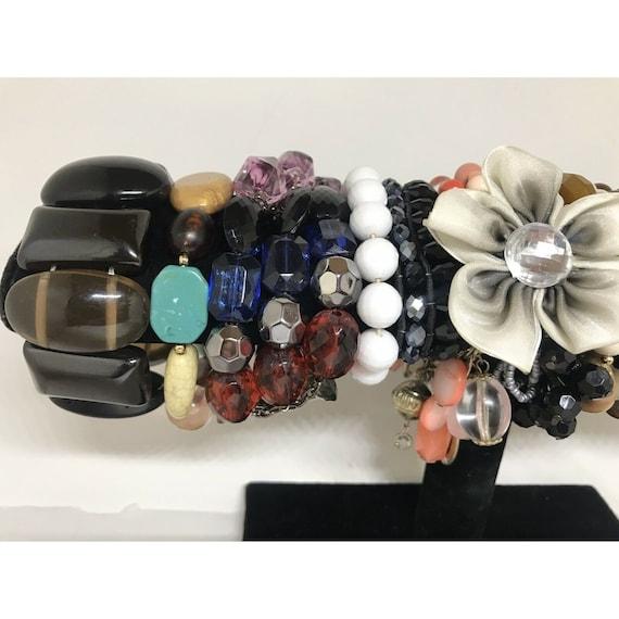 Stretchable Beaded Bracelet Costume Jewelry Mix L… - image 2