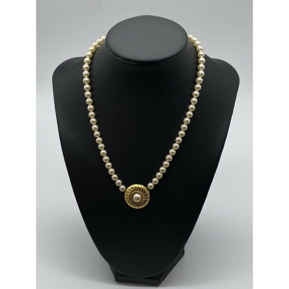 """Vintage Faux Pearl Gold Plated Necklace ~15"""" Long~ - image 4"""
