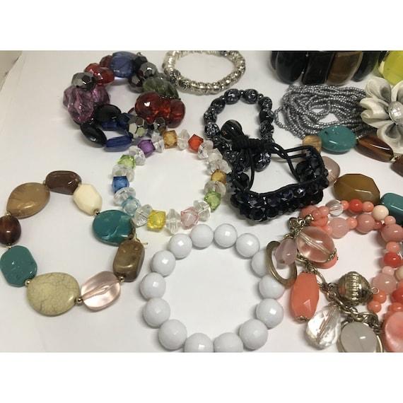 Stretchable Beaded Bracelet Costume Jewelry Mix L… - image 10