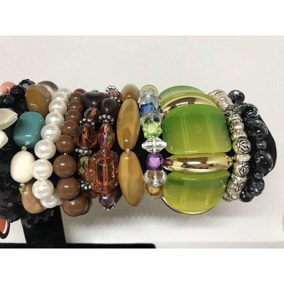 Stretchable Beaded Bracelet Costume Jewelry Mix L… - image 4