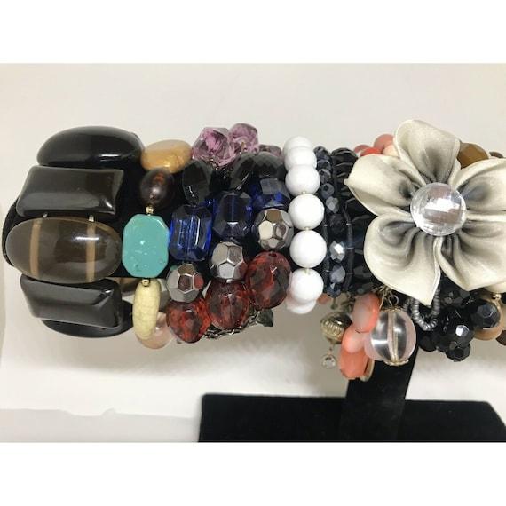 Stretchable Beaded Bracelet Costume Jewelry Mix L… - image 3