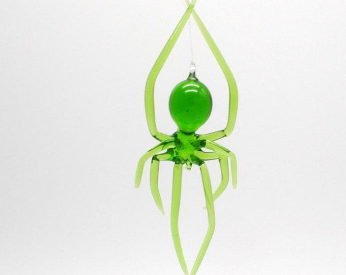 e30-21 Hanging Long-legged green Spider