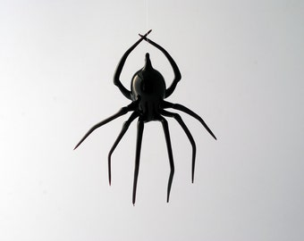 e30-22 Large Black Widow Spider