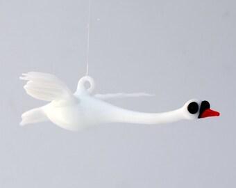 e36-237 Small Swan