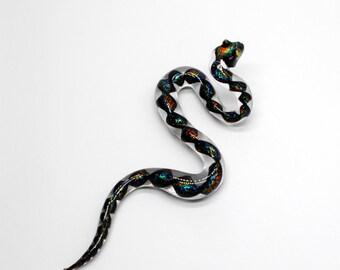 33-69D Snake with Rainbow Dichro