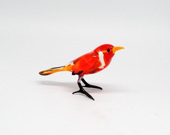e30-34 Red Robin