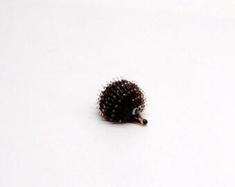e31-00 Hedgehog (Dark Brown)
