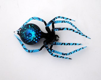 Medium Dichroic Spider with Galaxy and stars in Abdomen