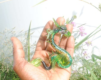36-910D Sea Dragon with Dichroic Glass