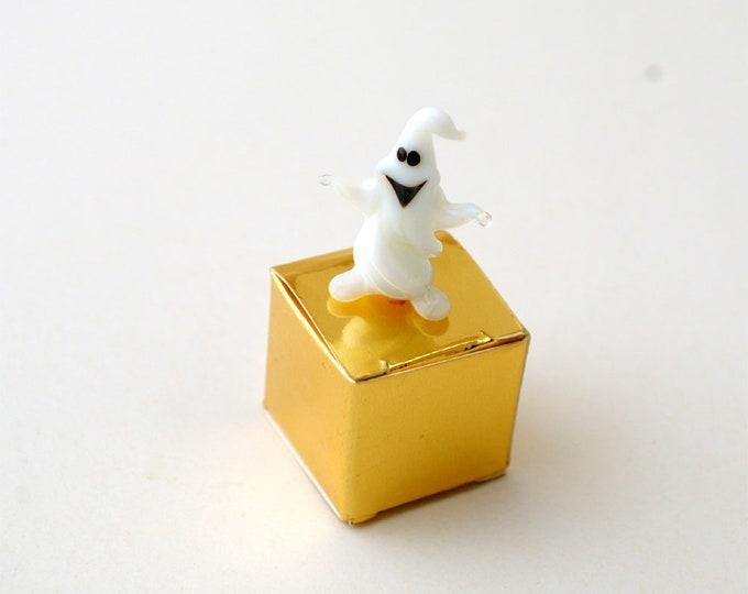 e30-00 Miniature Ghost