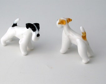 e31-10 Fox Terrier
