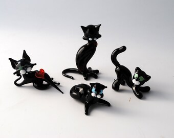 Black Cat (Choose 1)