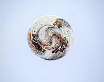 e00-65 Flat Iridescent Disc Ornament White