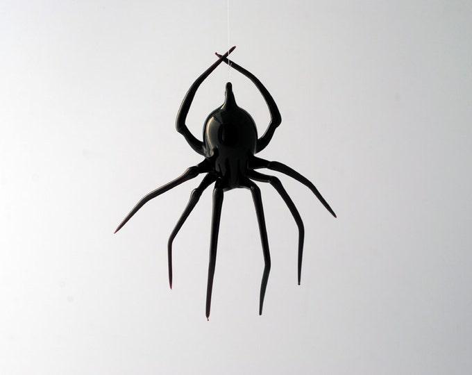 e30-22 Black Widow Spider