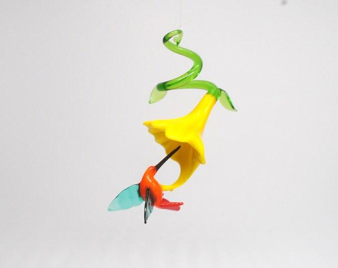 36-290 Hummingbird with Flower