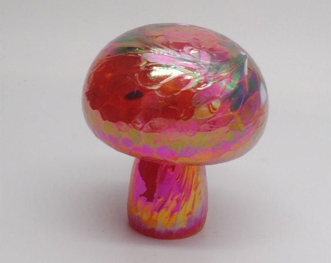 00-60 Iridescent Mushroom (Cherry Red)