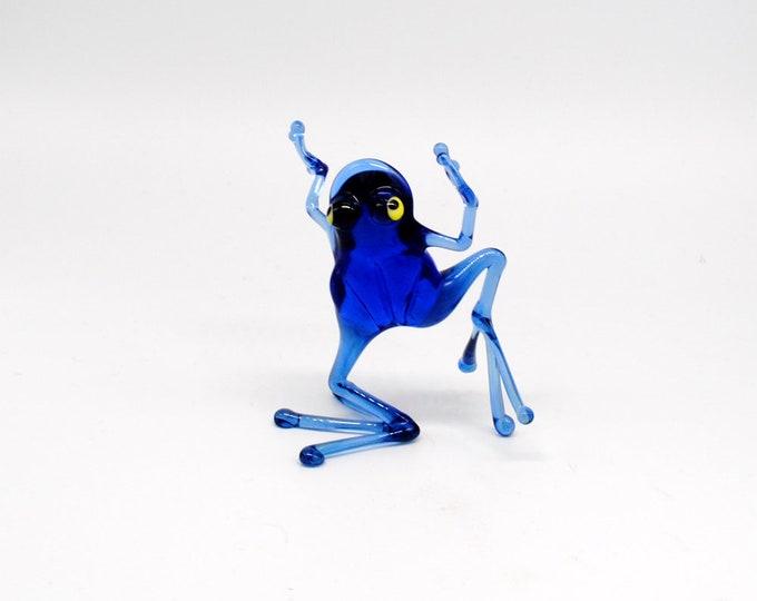 e30-23 Dancing Frog - Tiptoe