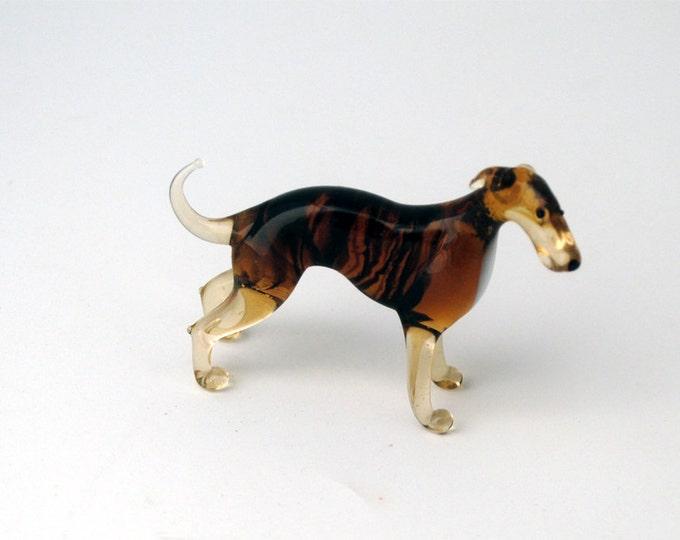 e31-10 Irish Greyhound