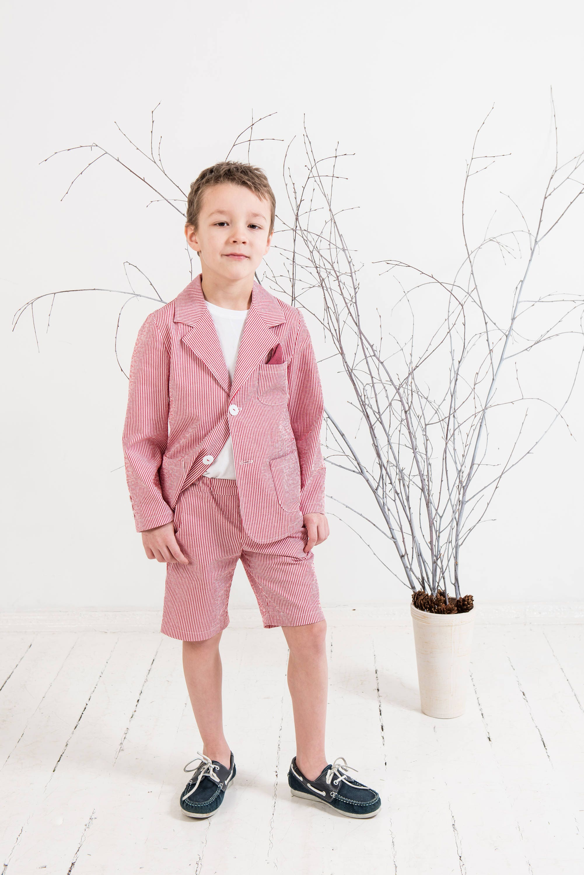 Boys seersucker suit Ring bearer outfit Boys blazer and shorts | Etsy