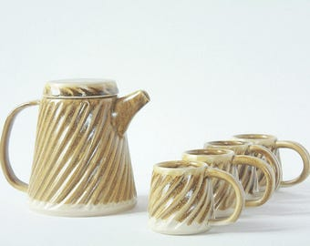 Ceramic Tea Set Fluted - Set for 4 Pottery Teapot