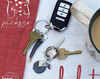 Personalized couple gift, Keychain and earrings with personalized deer antler, birthstones and pine cones, Custom stamping, Gift mom and dad