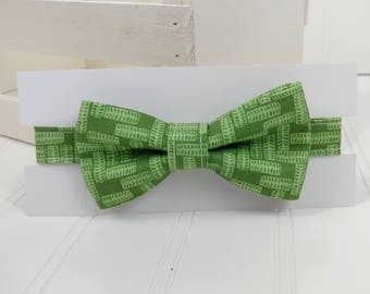 Little Boy Bow Tie - Green Leaves