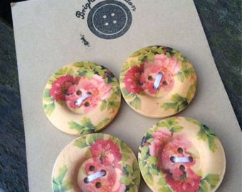 Set of 4 painted floral wooden buttons 3cm