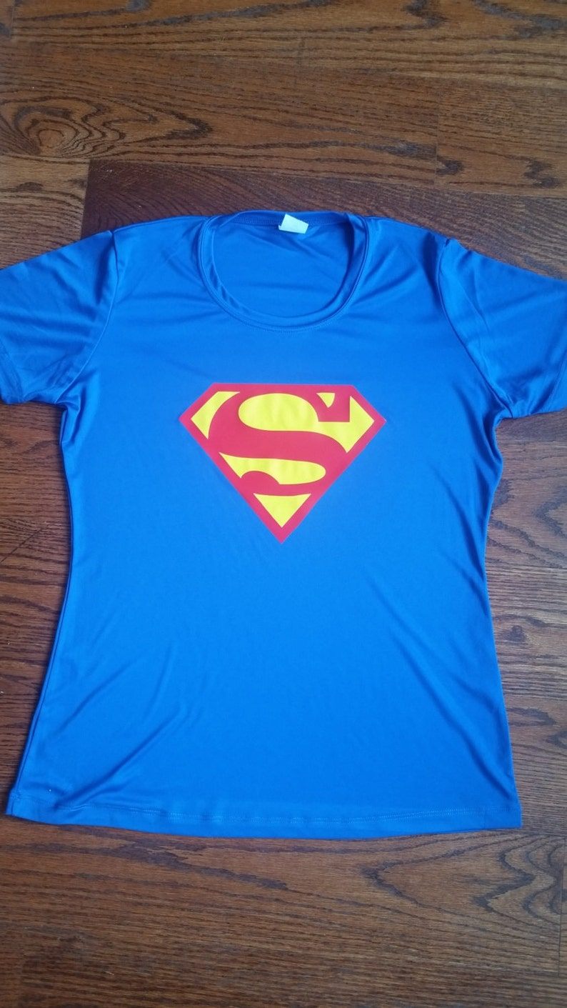 Featherweight half marathon and marathon running shirts for image 0