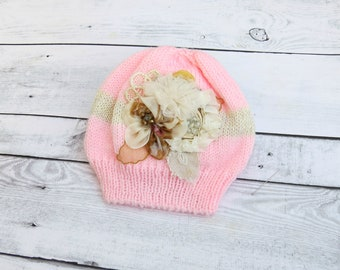 A pink hat for baby, Baby knit hat, Girl hat with flowers, Newborn props, Coton girls beanie hat, Knitted new baby hat, Baby shower gift