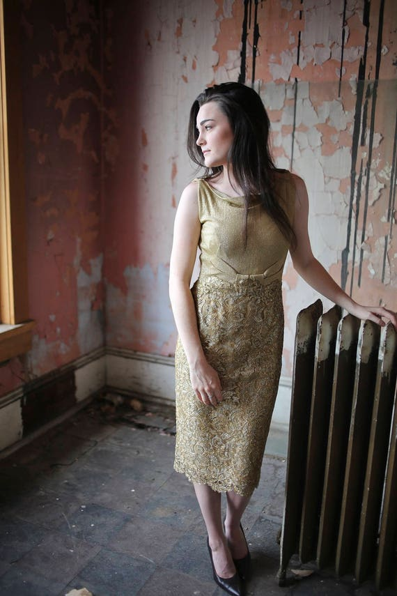 1960s Norman Hartnell Couture Gold Lace Dress - image 1