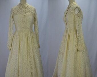 SUMMER SOLSTIC SALE 1950s New Look Dreamy Cream Lace & Rhinestone Wedding Dress