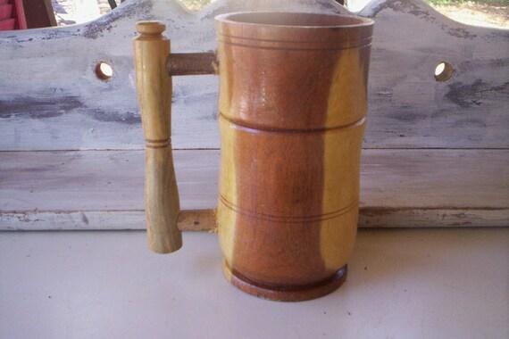Mug vintage en bois en bois de coupe de fait à la main en bois coupe