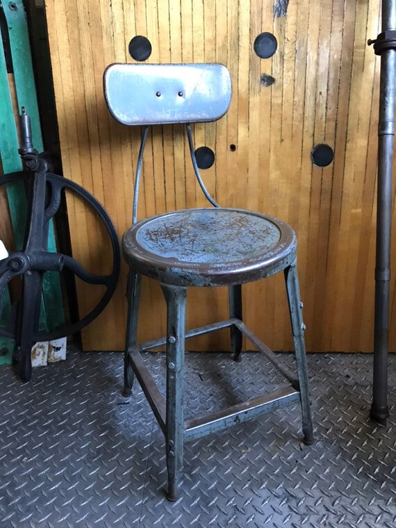 Awesome Vintage Industrial Stool With Adjustable Back Rest Machine Shop Stool Grey Rustic Adjustable Stool Squirreltailoven Fun Painted Chair Ideas Images Squirreltailovenorg