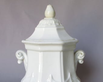 antique white ironstone T&R Boote sydenham sugar 1854 - F. Morley classic gothic lid 1845