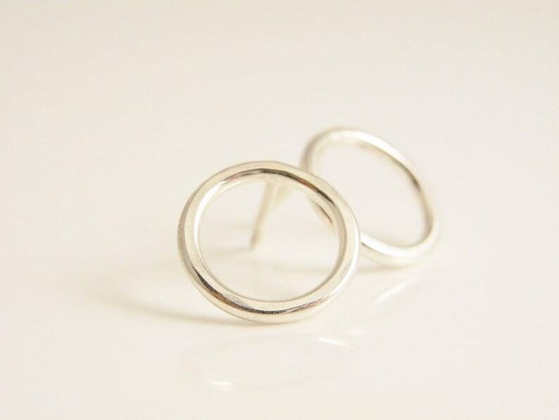 d03491540405 Zarcillos de círculo abierto. Pendientes de plata esterlina