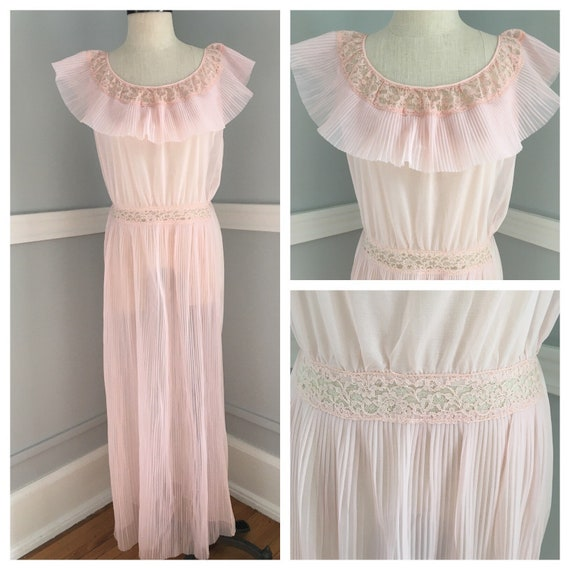 Pink Pleated Night Gown/Edwards Lingerie Night Gow