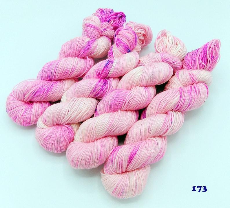 SockYarn handdyed  75 Wool,25 COTTON,25 Polyamid 100g Nr.173