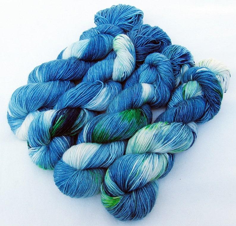 SockYarn handdyed  75 Wool 25 Polyamid 100g 3.5 oz. Nr. A519 image 0