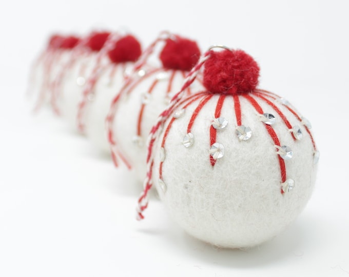 Felt Wool White Balls Frost - Pack of 6 Christmas Tree Ornaments - Handmade from Eco-friendly dyes and 100% Wool - Fair Trade Certified™