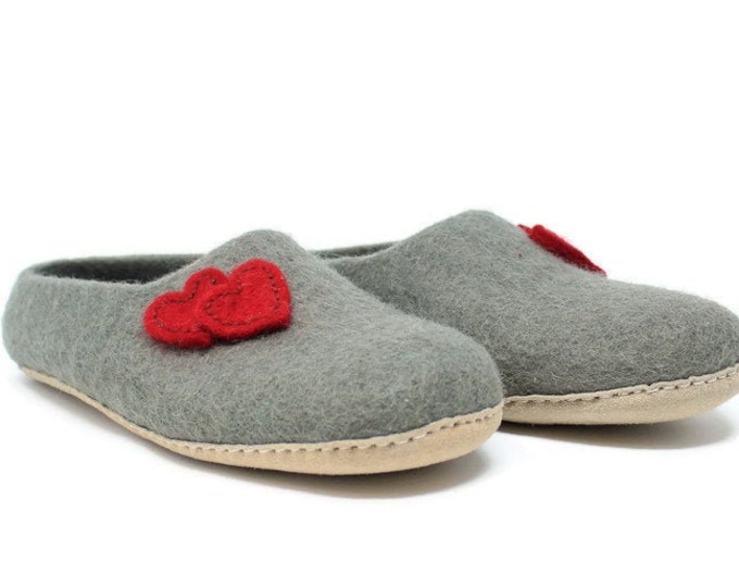 Felted Wool Heart Embellished Women's Gray Slippers | Wool Shoes | Sheep Wool Slippers | Women's Slippers | Home Shoes | House Shoes