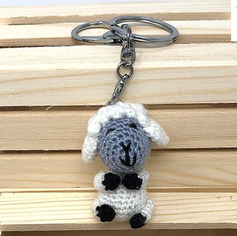 Amigurumi crochet Sheep keychain Fluffy sheep lamb keyring | Etsy | 794x796