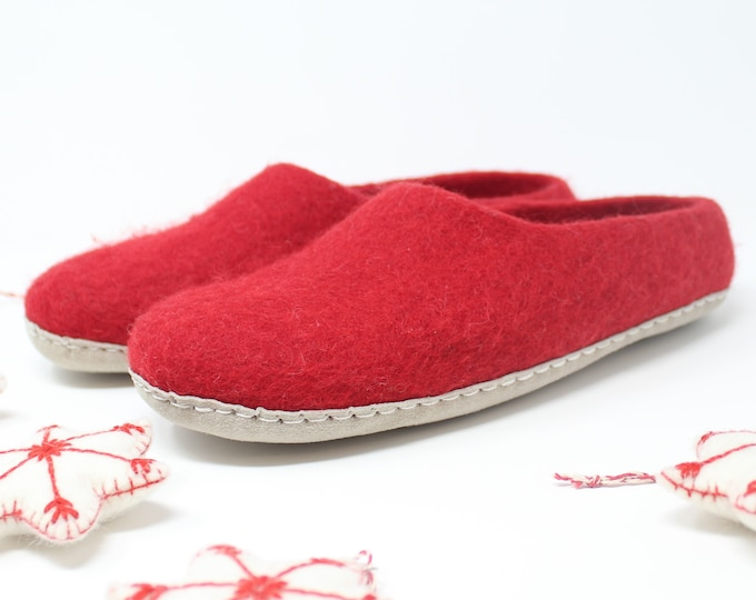 Felted Wool Women's Red Slippers   Gift for Her   Sheep Wool Slippers   Women's Slippers   Home Shoes   House Shoes